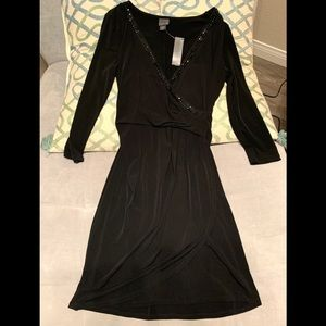 NWT Gorgeous Fitted Faux Wrap Dress. Black. Size S